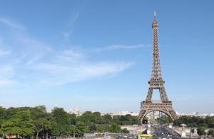 豊胸 シリコンバッグ フランス