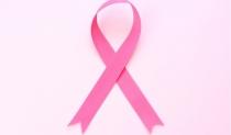 豊胸は乳がん検診ができない? シリコンバッグ豊胸の不安(前編)